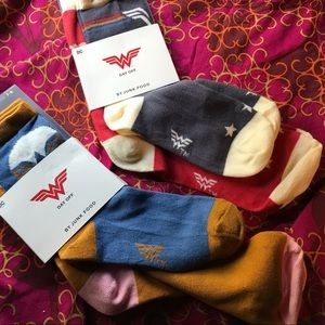 NWT Lot Of 2 Youth Socks